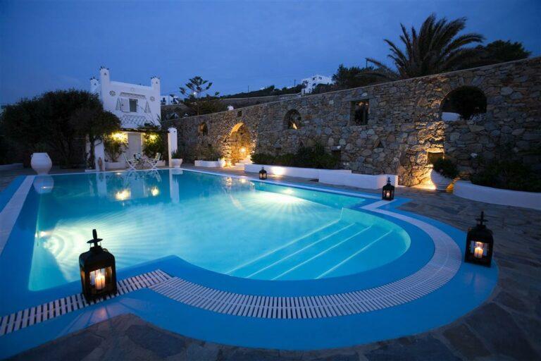Pool Area, Villa Hurmuses, Mykonos, Greece. Website: Www.mykonosvilla.com